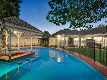 24 Cooloongatta Road, Camberwell, Vic 3124
