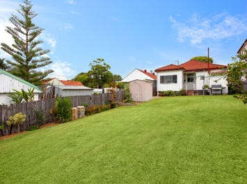 26 Parr Parade, Narraweena, NSW 2099