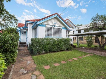 15 Sandon St, Graceville, Qld 4075