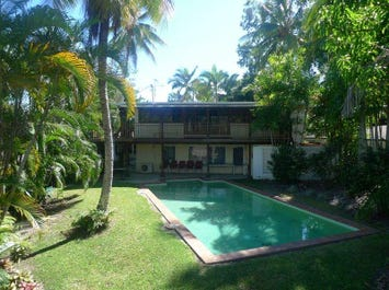 2 Seabrook Avenue, Port Douglas, Qld 4877