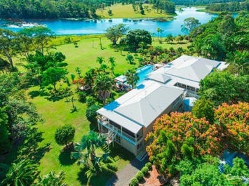 68 Hayward Road, Lake Macdonald, Qld 4563