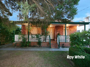13 Chifley Crescent, Dandenong North, Vic 3175