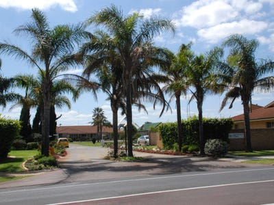 Leschenault Village Enjoy a relaxed pace of life at this coastal oasis