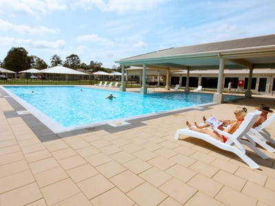 Living Gems Over 50's Lifestyle Resort - Opal Gardens Welcome to Opal Gardens - Active Over 50s Lifestyle Resort