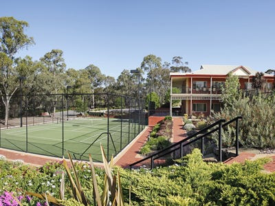 Lifestyle SA Happy Valley Retirement living...  at its absolute best