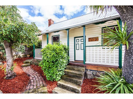 Sold price for 259 bathurst street west hobart tas 7000 for Courtyard designs bathurst