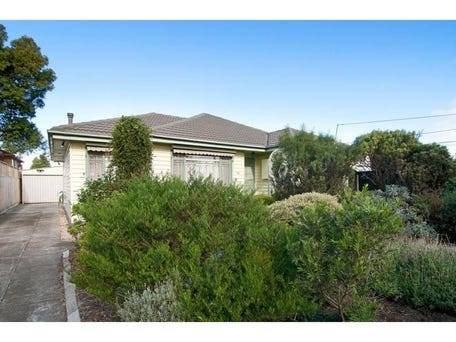 54 Brook Drive, Altona