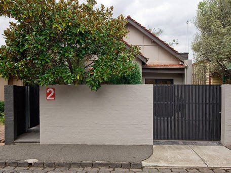 2 Young Street, St Kilda East