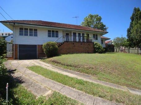 11 Mavis Street, St Lucia, Qld 4067
