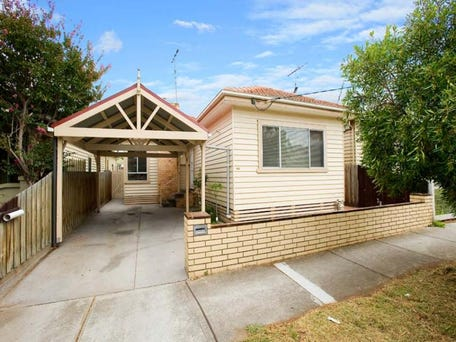 130 Empress Avenue, Kingsville, Vic 3012