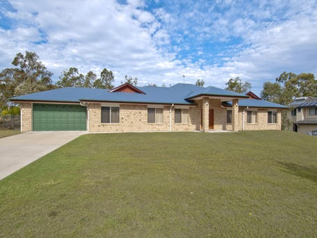 13-15 Sliprail Place, New Beith, Qld 4124