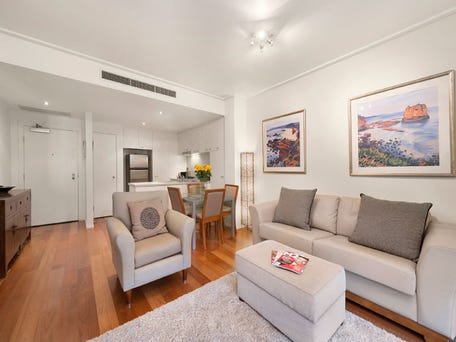 24/4 Seisman Place, Port Melbourne