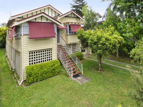 4 Campbell Terrace, Wavell Heights, Qld 4012
