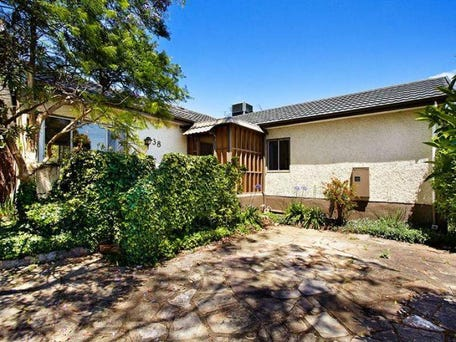 38 Woodhouse Grove, Box Hill North, Vic 3129