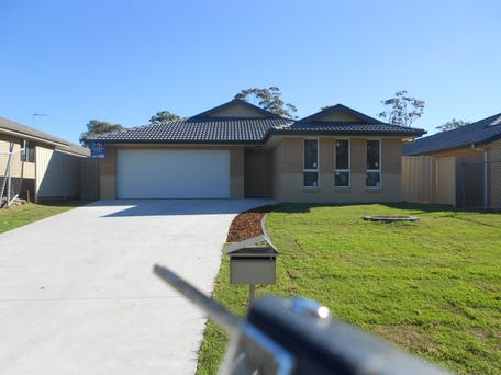 43 Summerland Road, Summerland Point, NSW 2259