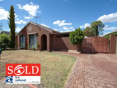 27 Muirfield Drive, Sunbury