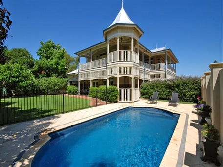 73 Farnley Street, Mount LawleySold $3,025,000 in Jul 2012