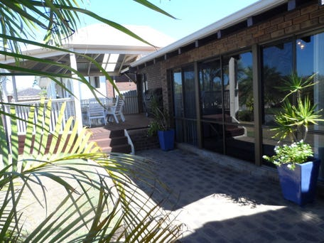 18  CORRIEDALE PLACE, Thornlie, WA 6108