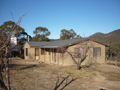 390 Peak View Road, Numeralla, NSW 2630