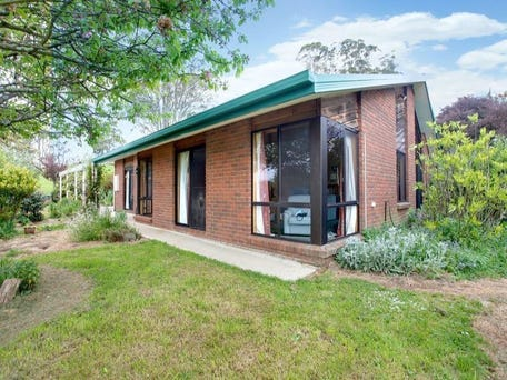 273 Coxs Road, Red Hills