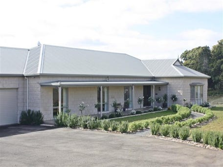 185 ROTHES RD, Little Hampton, Vic 3458
