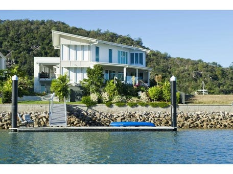 Commercial Real Estate Magnetic Island