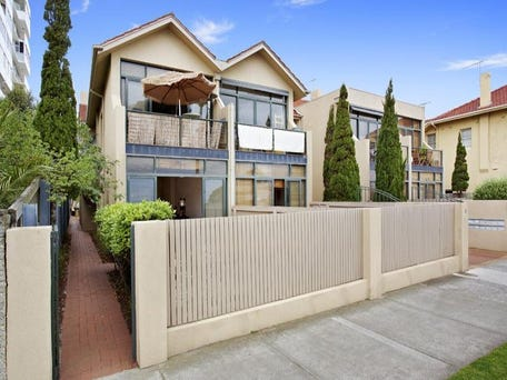 1/14 Marine Parade, St Kilda, Vic 3182