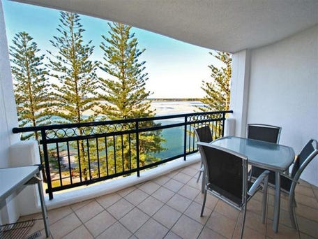 602/ 75 The Esplanade, Golden Beach, Qld 4551