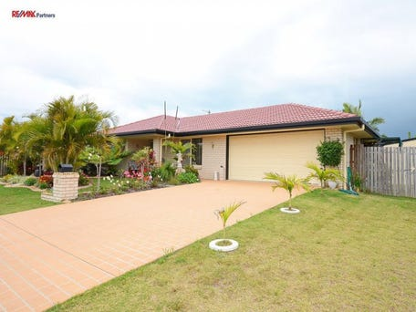 11 Spinnaker Dr, Point Vernon