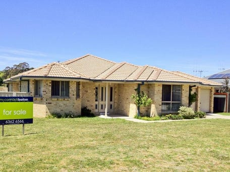 60 Fahy Crescent, Orange