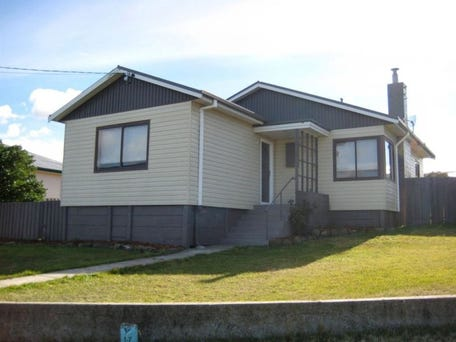 24 Renfrew Circle, Goodwood, Tas 7010