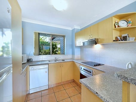 2/437 Golden Four Drive, Tugun