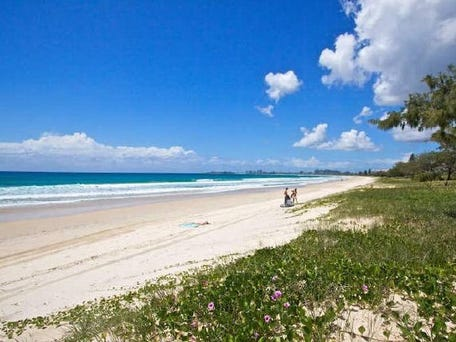1/315 Golden Four Drive, Tugun
