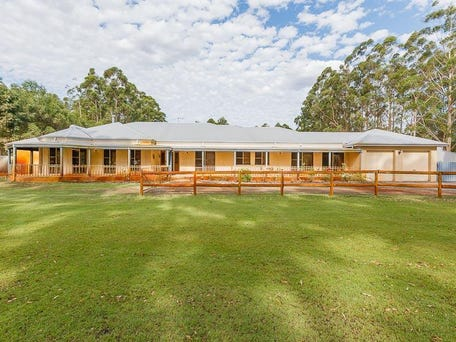 68 Swamp Gum Rd, Oakford, WA 6121