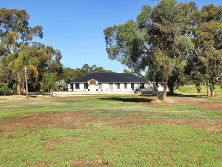 131 Comic Court Circuit, Darling Downs