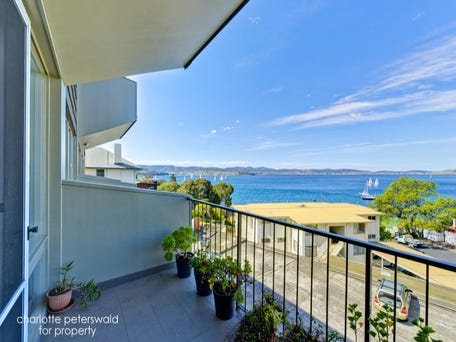 8/20 Hampden Road, Battery Point