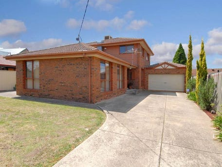 6 Windermere Crescent, Gladstone Park, Vic 3043
