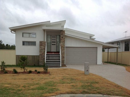 13  Ivers Place, Emerald, Qld 4720