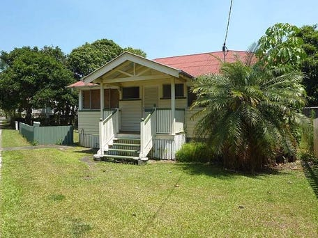 34 Cliff Street, Sandgate, Qld 4017