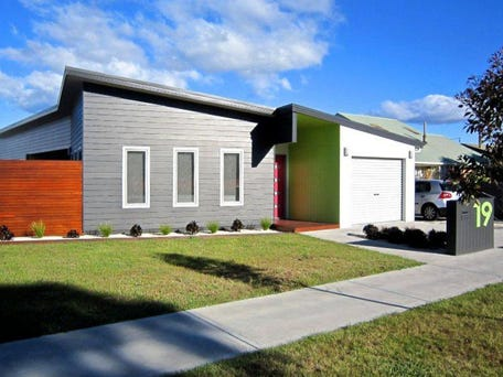 Sold price for 19 alexander street shearwater tas 7307 for Home ideas centre launceston