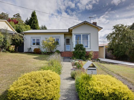 3 Weerona Avenue, Mount Stuart, Tas 7000