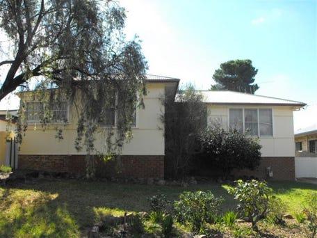 2 Kookaburra Street, Parkes
