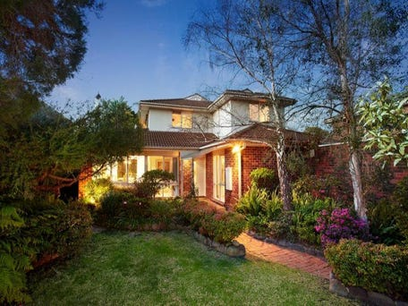 27 Curraweena Road, Caulfield South