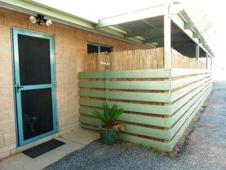 Unit 2/27 Albrecht Drive, Alice Springs