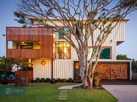 Sold price for 8 jaora street graceville qld 4075 - Graceville container house study case brisbane australia ...