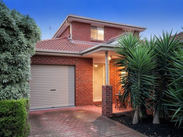 2/10 Brechin Court, Greenvale, Vic 3059