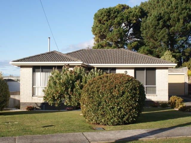 36 Richardson, West Ulverstone, Tas 7315