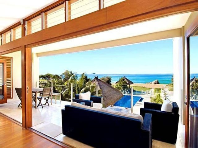 8 Beachfront Close, Sapphire Beach, NSW 2450