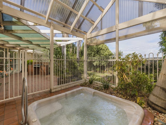 3 Homestead Court, Highton, Vic 3216