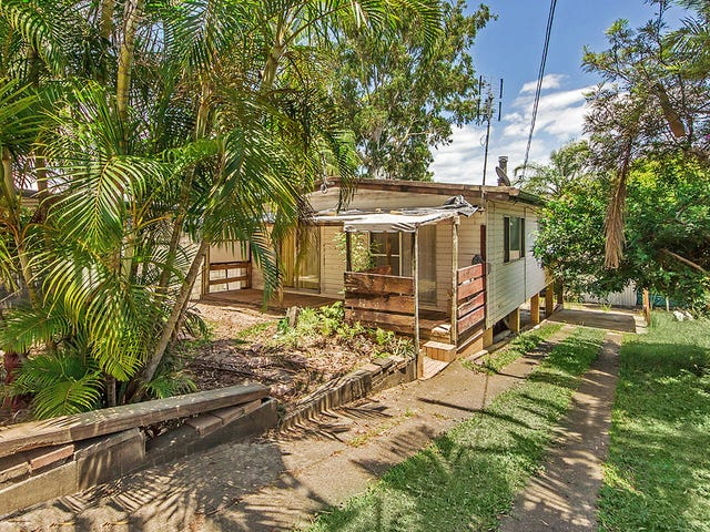 27 Caroline Avenue, Southport, Qld 4215